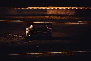 #222 Team Allied-Racing Porsche 911 GT3-R (991.II): Joel Sturm, Bastian Buus, Julien Apotheloz