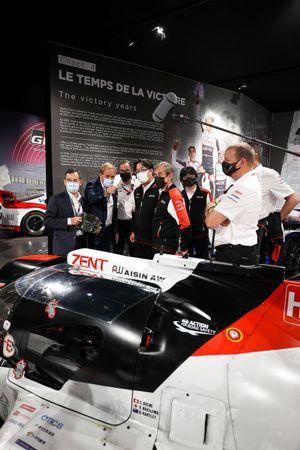 Hisatake Murata, président de Toyota Gazoo Racing, Pierre Fillon, président de l'ACO