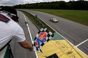 #4: Corvette Racing Corvette C8.R, GTLM: Tommy Milner, Nick Tandy takes the checkered flag