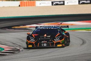 #19 Orange 1 FFF Racing Team Lamborghini Huracan GT3 Evo: Hiroshi Hamaguchi, Phil Keen, Stefano Costantini