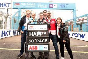 El staff de la FIA Fórmula E celebra sus primeras 50 carreras del campeonato