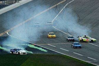 B.J. McLeod, Petty Ware Racing, Chevrolet Camaro JACOB COMPANIES, Tyler Reddick, Richard Childress Racing, Chevrolet Camaro Symbicort, crash
