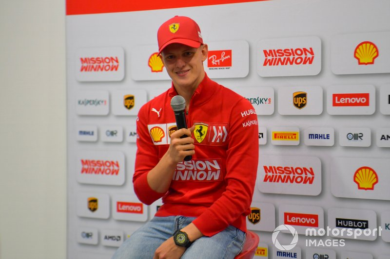 Mick Schumacher, Ferrari in conferenza stampa