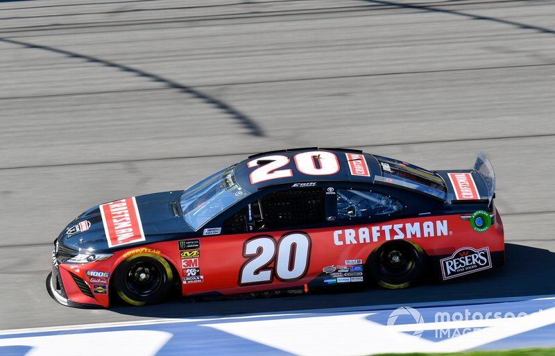 18. Erik Jones, Joe Gibbs Racing, Toyota Camry Craftsman