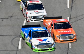 David Gilliland, DGR-Crosley, Toyota Tundra Fred'sa nd Derek Kraus, Bill McAnally Racing, Toyota Tundra ENEOS/NAPA FILTERS