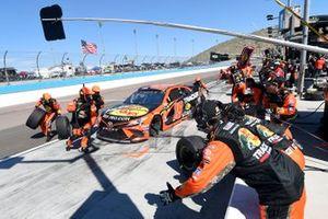 Martin Truex Jr., Joe Gibbs Racing, Toyota Camry Bass Pro Shops, makes a pit stop