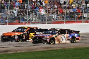 Kyle Busch, Joe Gibbs Racing, Toyota Camry Snickers Creamy, Matt DiBenedetto, Leavine Family Racing, Toyota Camry Procore