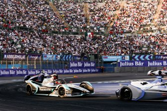 Felipe Massa, Venturi Formula E, Venturi VFE05 leadsMitch Evans, Panasonic Jaguar Racing, Jaguar I-Type 3, Sam Bird, Envision Virgin Racing, Audi e-tron FE05 who is in attack mode