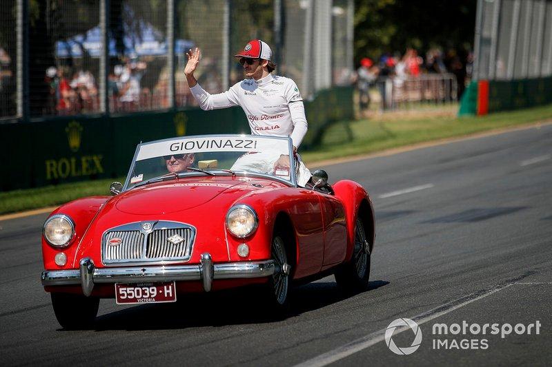 Antonio Giovinazzi, Alfa Romeo Racing, durante la drivers parade