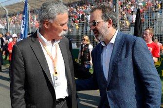 Чейз Кэри и министр спорта Мартин Пакула