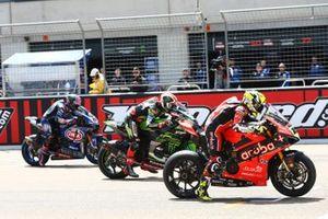 Alvaro Bautista, Aruba.it Racing-Ducati Team, Jonathan Rea, Kawasaki Racing, Alex Lowes, Pata Yamaha start