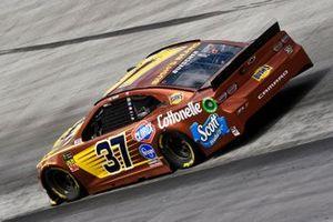 Chris Buescher, JTG Daugherty Racing, Chevrolet Camaro Bush's Beans