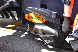 تفاصيل جانب سيارة ريد بُل آر.بي15