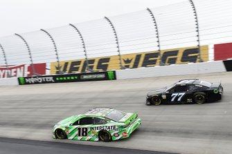 Kyle Busch, Joe Gibbs Racing, Toyota Camry Interstate Batteries, Reed Sorenson, Spire Motorsports, Chevrolet Camaro