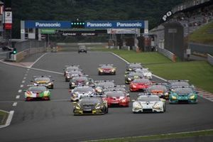 Start der Lamborghini Super Trofeo Asia 2019 in Fuji
