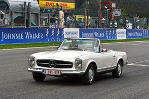 Valtteri Bottas, Mercedes AMG F1, en el desfile