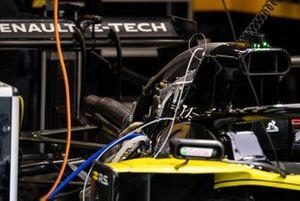 Renault F1 Team R.S. 19 in de garage