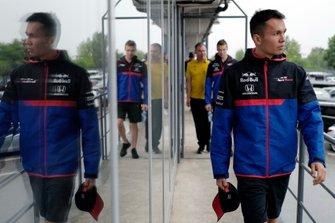 Alexander Albon, Toro Rosso, en Daniil Kvyat, Toro Rosso
