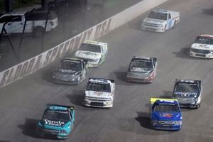 Johnny Sauter, ThorSport Racing, Ford F-150 Tenda Heal and Justin Shipley, Jacob Wallace Racing, Ford F-150 Rogers