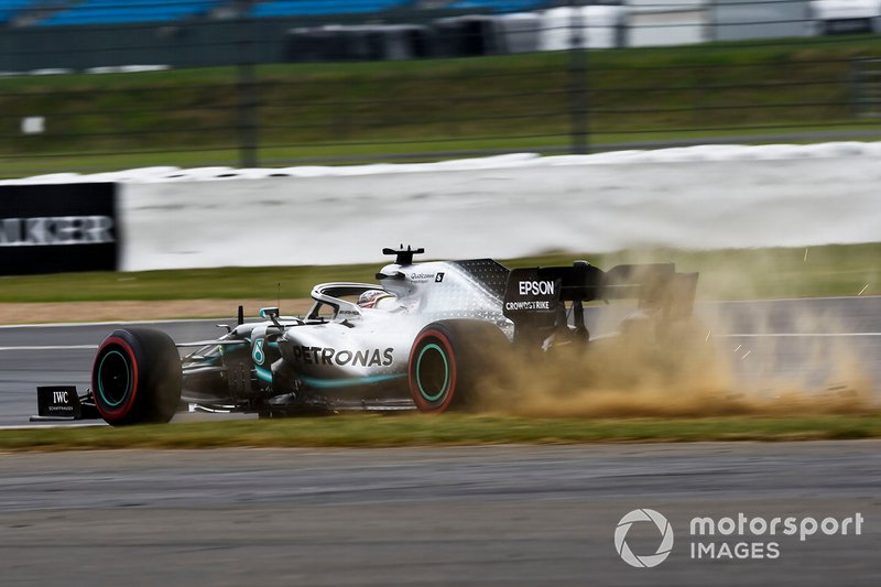 Lewis Hamilton, Mercedes AMG F1 W10, va largo