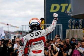 Race winner Mike Rockenfeller, Audi Sport Team Phoenix