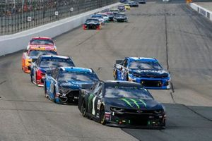 Kurt Busch, Chip Ganassi Racing, Chevrolet Camaro Monster Energy and David Ragan, Front Row Motorsports, Ford Mustang Compressor World
