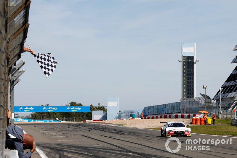 René Rast, Audi Sport Team Rosberg, Audi RS 5 DTM için damalı bayrak