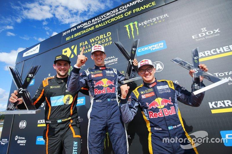 Podium: Winner Timmy Hansen, Team Hansen MJP, second place Anton Marklund, GC Competition, third place Kevin Hansen, Team Hansen MJP
