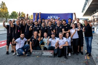 #90 Akka ASP Team Mercedes-AMG GT3: Timur Bogulavskiy, Felipe Fraga, Nico Bastian with the team