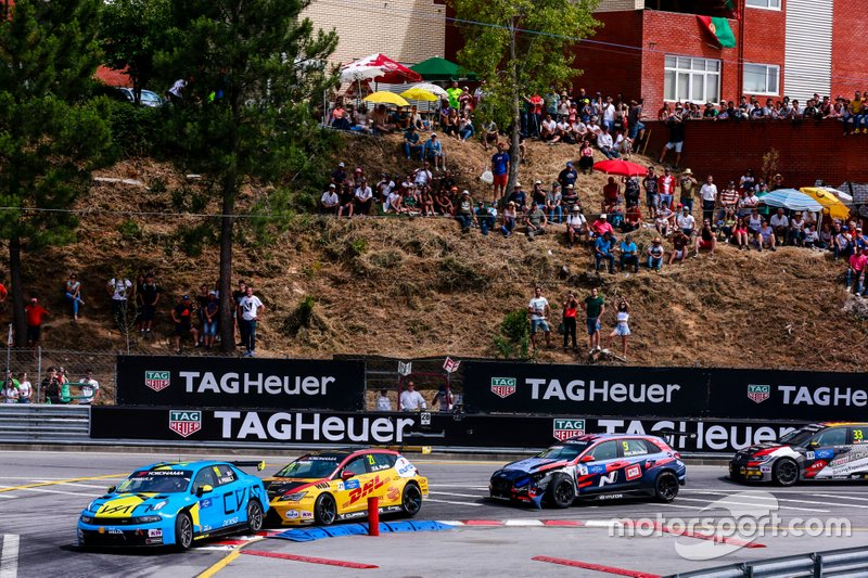 Andy Priaulx, Cyan Performance Lynk & Co 03 TCR, Aurélien Panis, Comtoyou DHL Team CUPRA Racing CUPRA TCR, Norbert Michelisz, BRC Hyundai N Squadra Corse Hyundai i30 N TCR