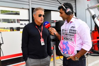 Jean Alesi is interviewed by Karun Chandhok, Sky Sports F1