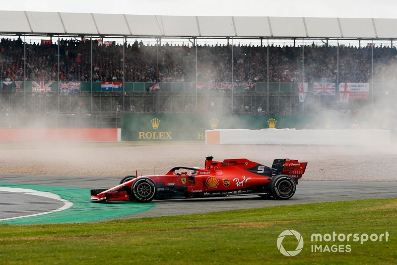 Choque de Sebastian Vettel, Ferrari y Max Verstappen, Red Bull Racing RB15