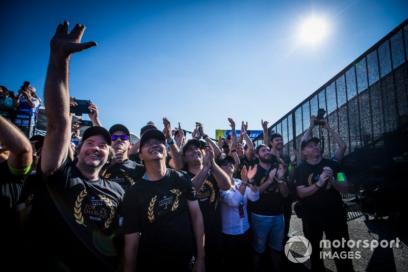 Fan alla gara del New York City E-prix II
