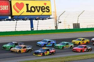 Kyle Larson, Chip Ganassi Racing, Chevrolet Camaro Clover, Daniel Hemric, Richard Childress Racing, Chevrolet Camaro Caterpillar and William Byron, Hendrick Motorsports, Chevrolet Camaro Axalta