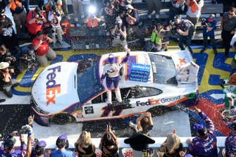 Race Winner Denny Hamlin, Joe Gibbs Racing