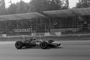 Bobby Unser, BRM P126