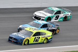 Ryan Blaney, Team Penske, Ford Mustang Menards/Moen, Martin Truex Jr., Joe Gibbs Racing, Toyota Camry Auto-Owners Insurance and Chase Elliott, Hendrick Motorsports, Chevrolet Camaro UniFirst