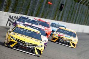Martin Truex Jr., Joe Gibbs Racing, Toyota Camry STANLEY