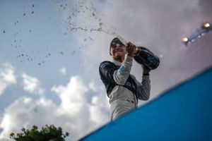 Maximilian Guenther, BMW I Andretti Motorsport, first position, sprays the victory Champagne