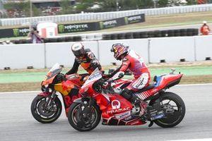 Miguel Oliveira, Red Bull KTM Factory Racing, Johann Zarco, Pramac Racing MotoGP