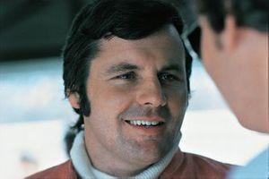 Alan Jones, Surtees