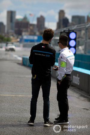 Nyck de Vries, Mercedes-Benz EQ, Albert Lau, race-engineer, Mercedes Benz EQ