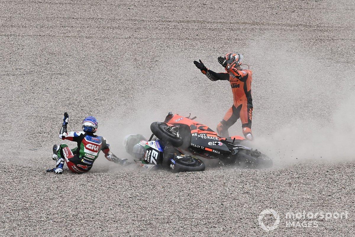 Caída de Danilo Petrucci, KTM Tech3, Alex Márquez, Team LCR Honda