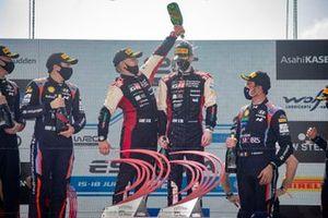 Podium: Kalle Rovanperä, Jonne Halttunen, Toyota Gazoo Racing WRT Toyota Yaris WRC
