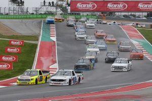 Matt Crafton, ThorSport Racing, Toyota Tundra Oklahoma Joe's/Menards, Kaz Grala, Young's Motorsports, Chevrolet Silverado Young's Building Systems
