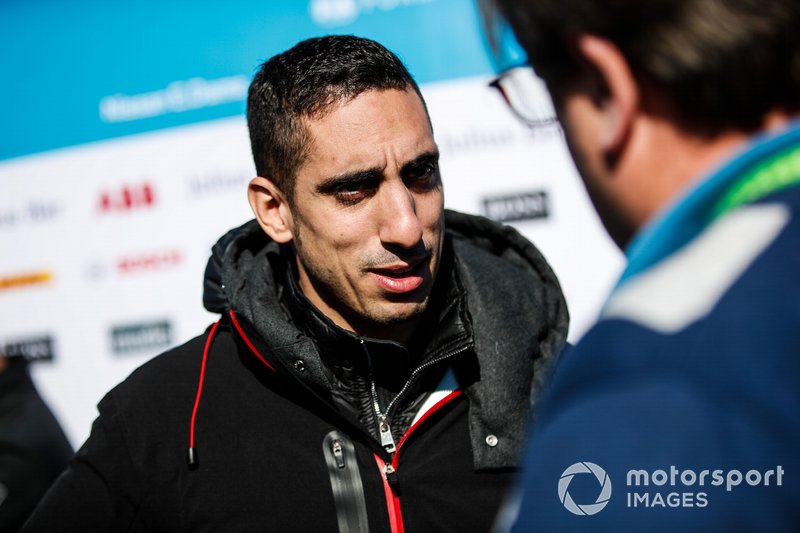 Sébastien Buemi, Nissan e.Dams, talks to the press