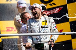 Podium: champion Gary Paffett, Mercedes-AMG Team HWA
