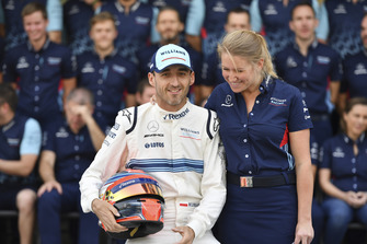 Robert Kubica, Williams and Sophie Ogg, at the Williams Racing Team Photo