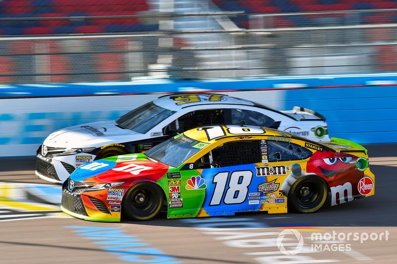 Kyle Busch, Joe Gibbs Racing, Toyota Camry M&M's and Tanner Berryhill, Obaika Racing, Toyota Camry