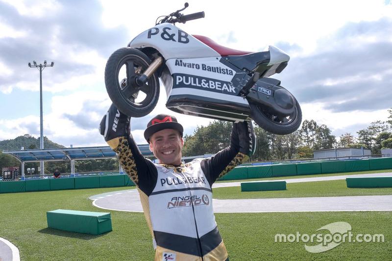 Alvaro Bautista, Angel Nieto Team, Mini-Moto race